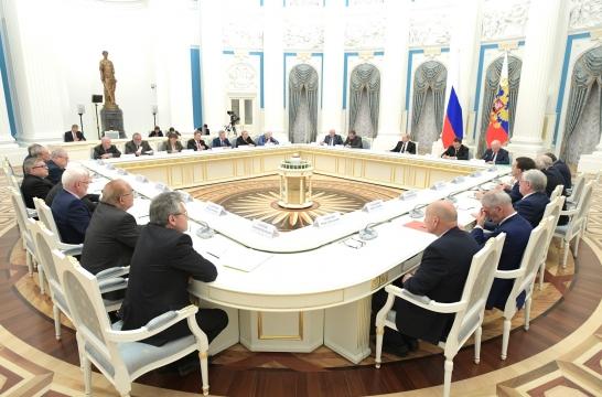 neobhodimo-obespechit-effektivnuyu-organizatsiyu-rossijskoj-nauki