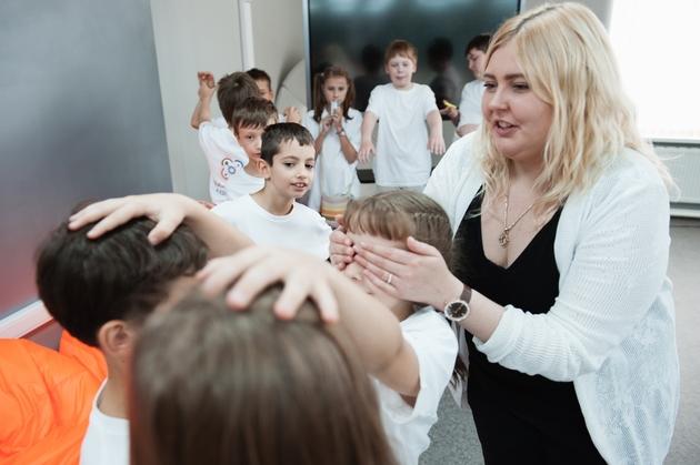 Большинство россиян высказываются за сохранение в школах ставки психолога