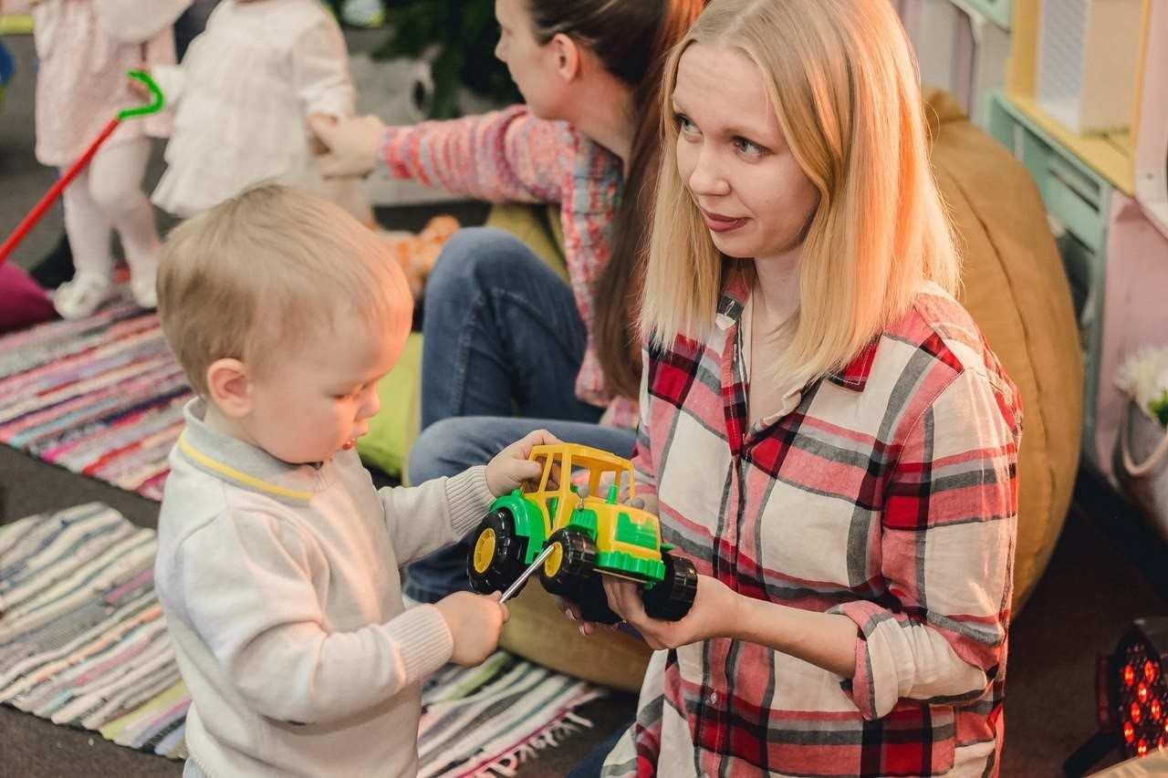 Вечный вопрос, можно ли ребёнку брать свою игрушку в детский садик?
