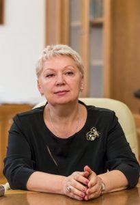 Vasiljeva-administratsii-nekotorych-shkol-prisvaivajut-sredstva
