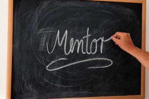 tyutor-kouch-i-mentor-kto-vse-eti-lyudi-i-pochemu-my-nazyvaem-ih-imenno-tak