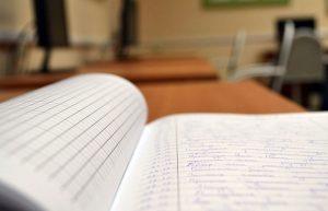 v-krasnoyarske-shkola-otkazalas-ot-otsenok