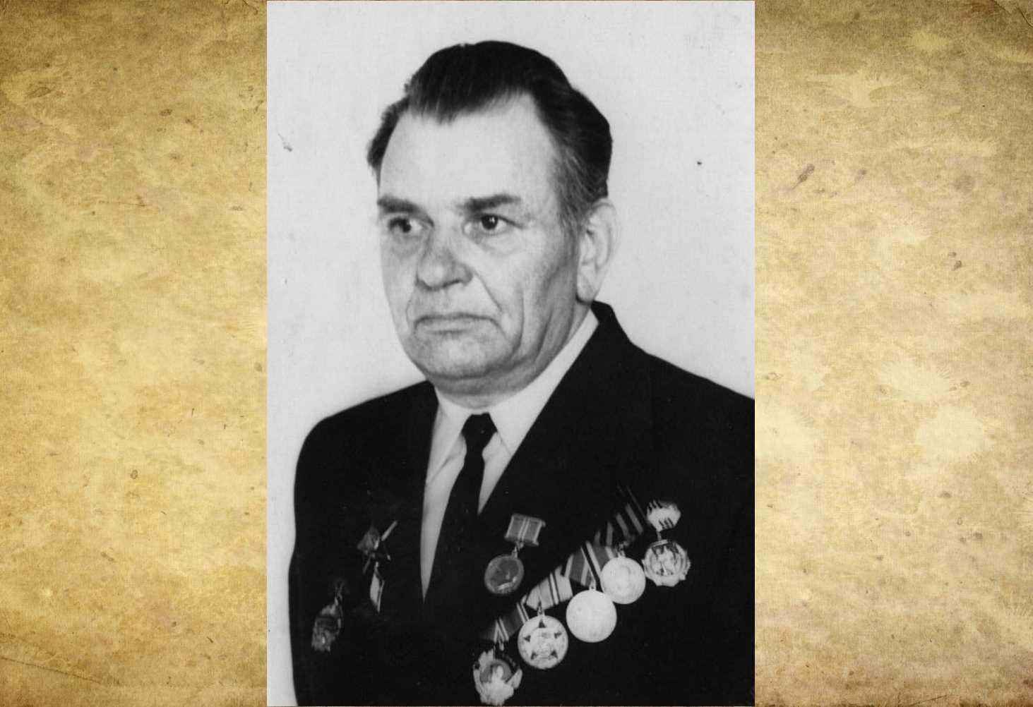 ya-gorzhus-svoim-dedom