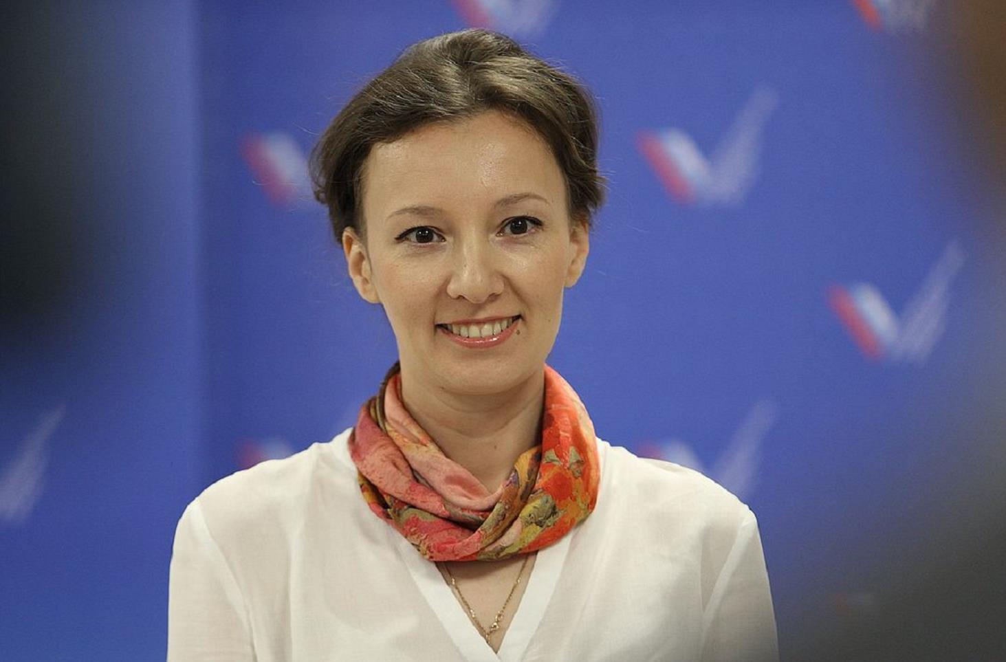 anna-kuznetsova-predlozhila-plan-borby-s-opasnostyami-v-shkolah