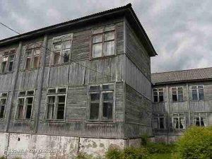 pervym-obektom-narodnogo-reestra-opasnyh-shkol-onf-stala-shkola-iz-karelii
