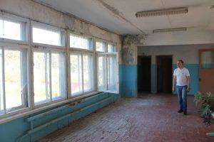 v-kaluzhskoj-oblasti-remontniki-priveli-shkolu-v-negodnost-k-uchebnomu-godu