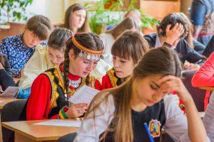 vstupil-v-silu-zakon-o-prepodavanii-natsionalnyh-yazykov-v-rossijskih-shkolah