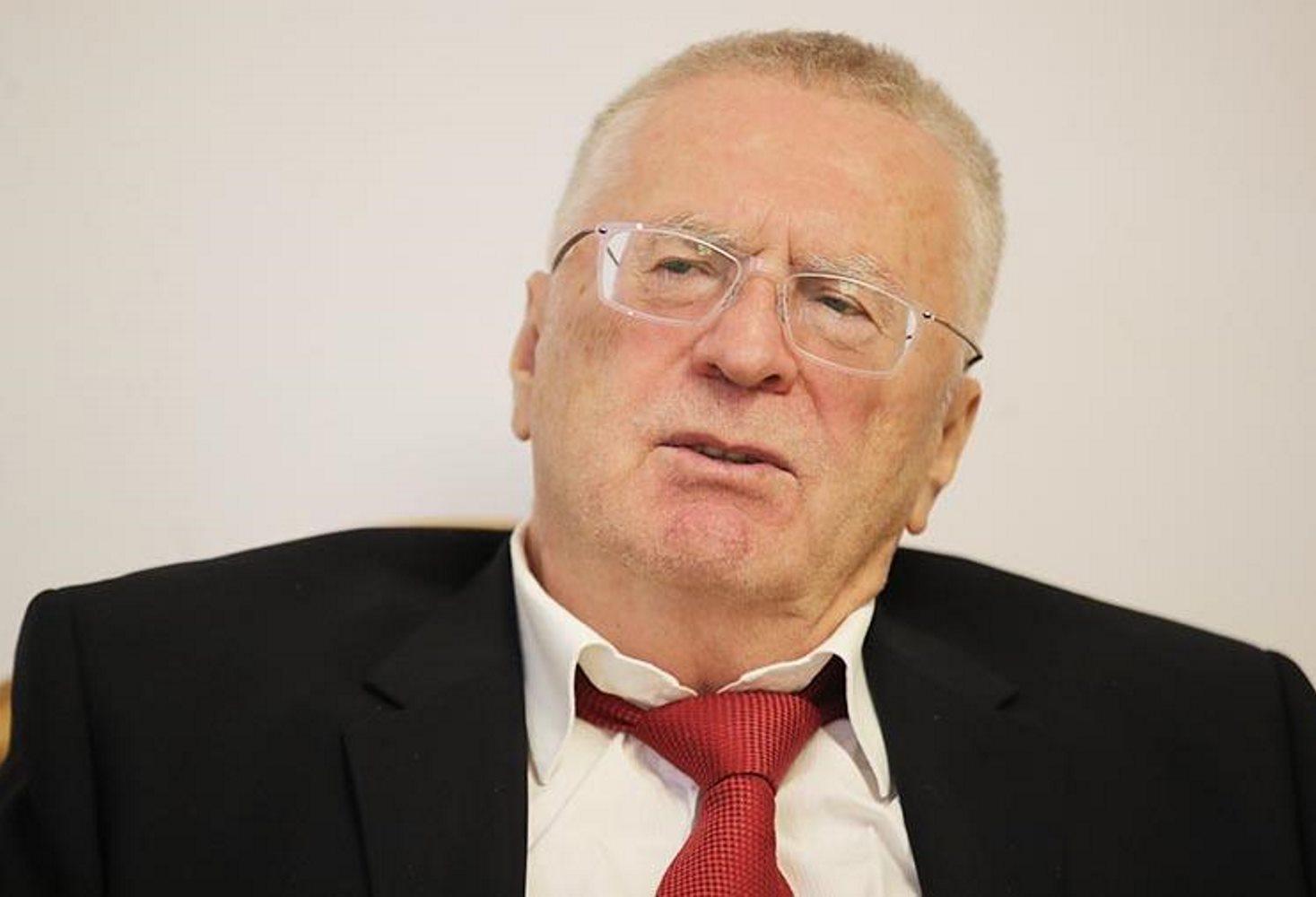 vladimir-zhirinovskij-predlozhil-naznachat-klassnymi-rukovoditelyami-tolko-muzhchin