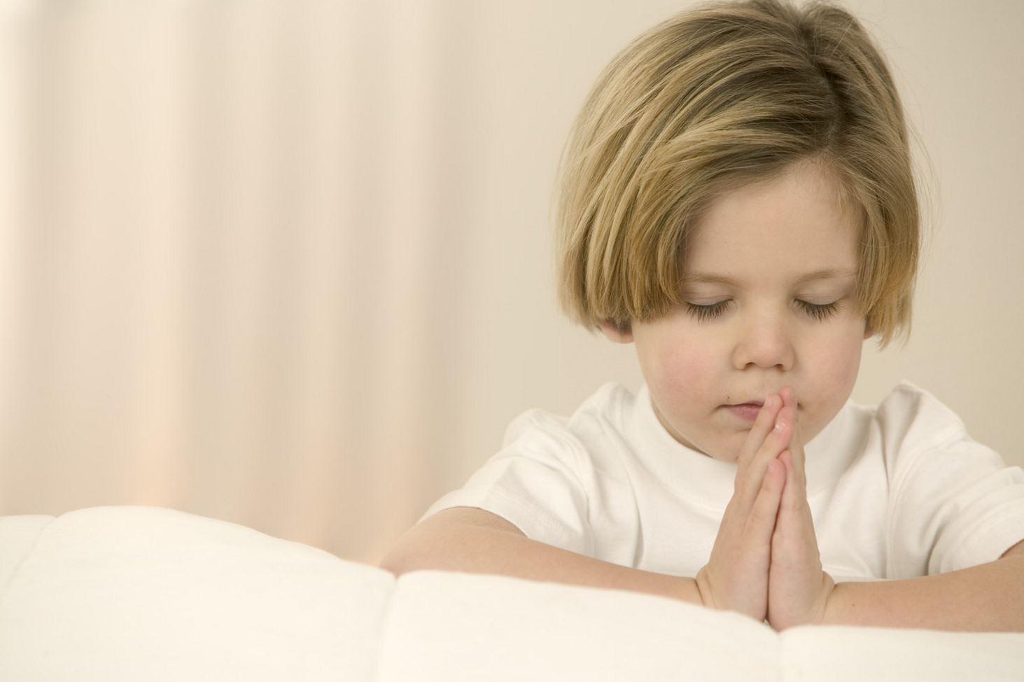 issledovanie-deti-iz-religioznyh-semej-vyrosli-schastlivee-ostalnyh