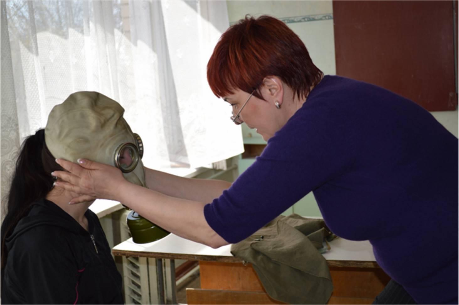 v-rossijskie-shkoly-zakupyat-protivogazy