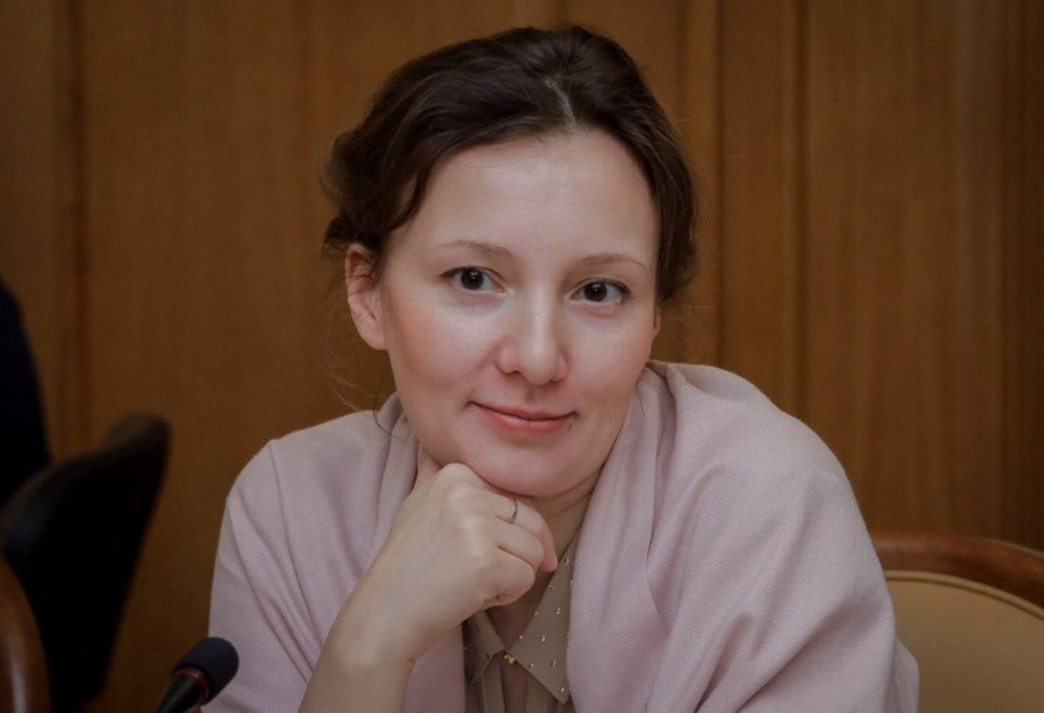 anna-kuznetsova-predlozhila-sozdat-operatora-dlya-monitoringa-opasnogo-dlya-detej-kontenta-v-internete