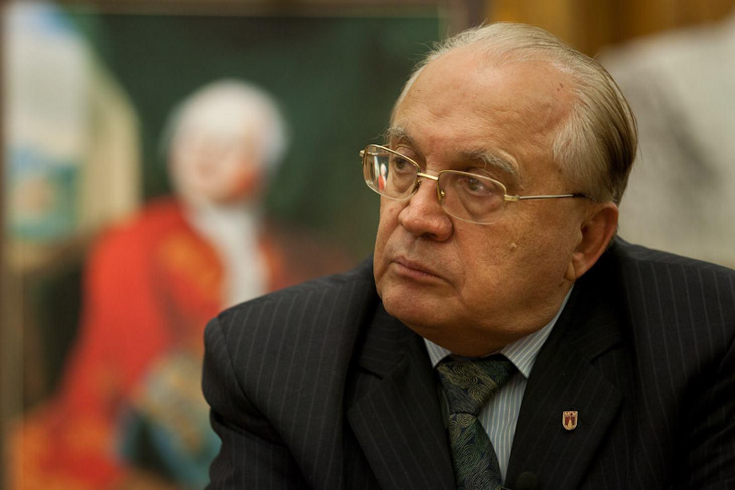 rektor-mgu-predlozhil-prepodavat-tserkovnoslavyanskij-yazyk-v-shkolah