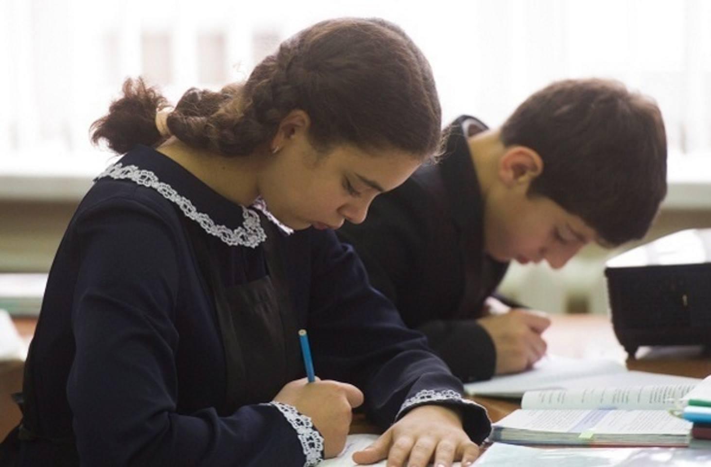 v-peterburge-roditeli-reshili-bojkotirovat-domashnee-zadanie-detej-poprosili-napisat-pismo-ottsu-na-front