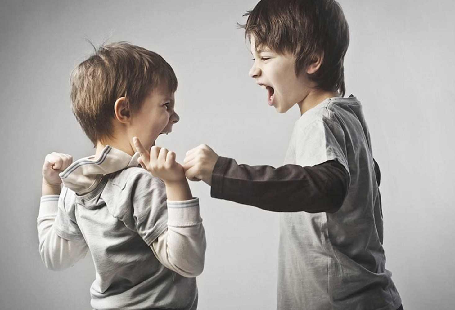 vtsiom-rossiyane-vinyat-v-zhestokosti-detej-semi-i-roditelej