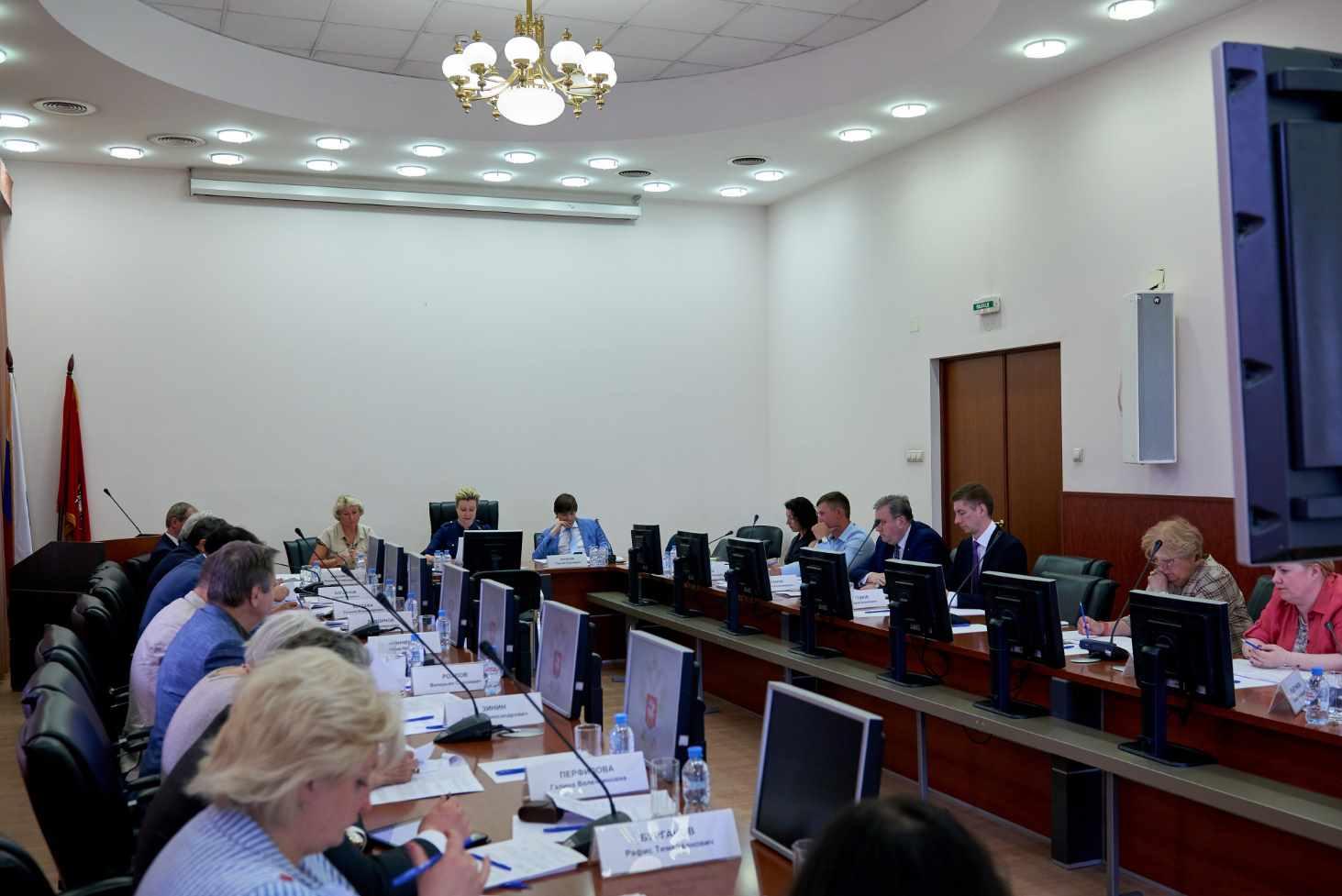 v-minprosveshheniya-obsudili-novyj-poryadok-formirovaniya-federalnogo-perechnya-uchebnikov