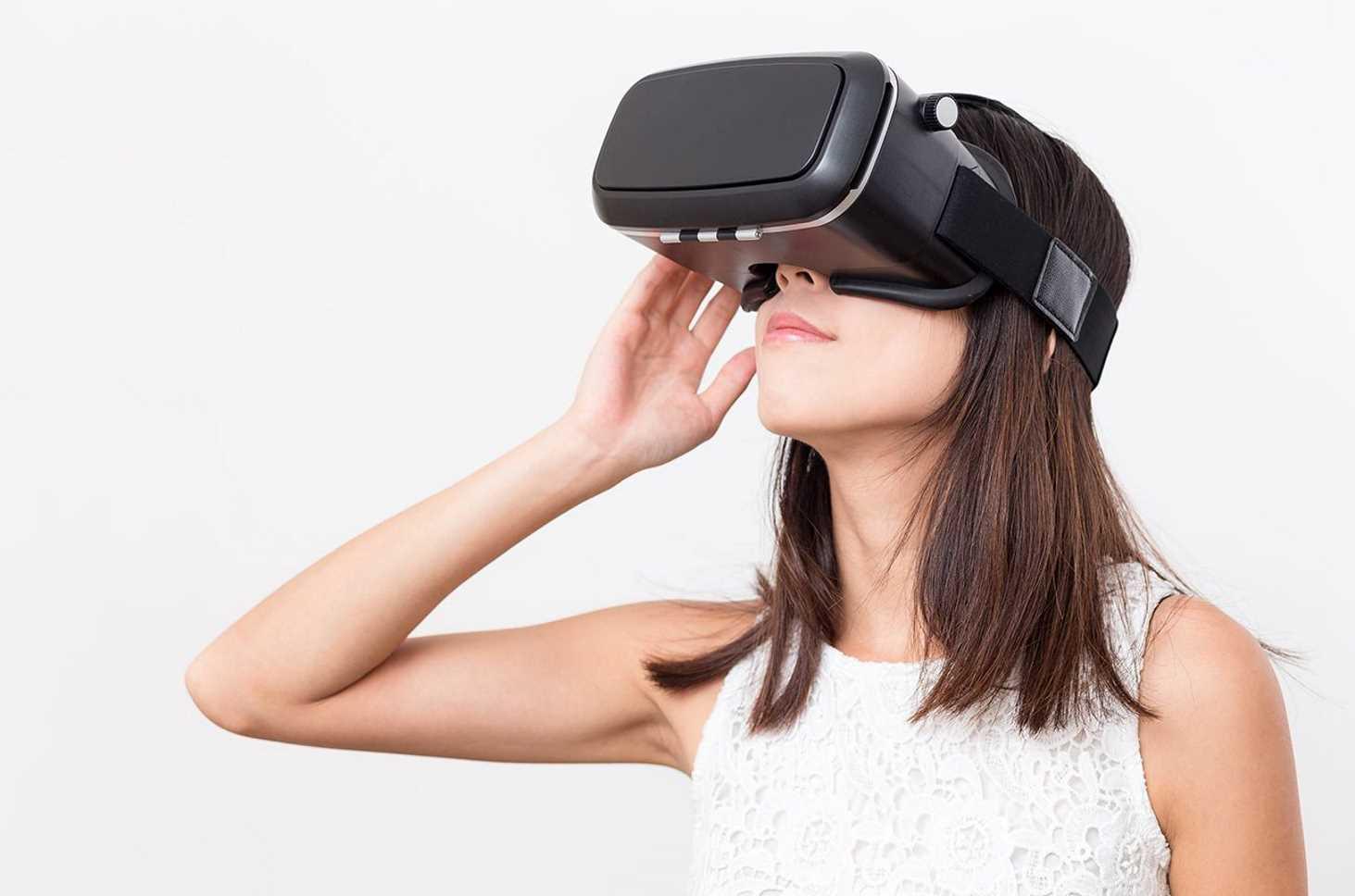 minprosveshheniya-rekomendovalo-ispolzovat-na-urokah-tehnologii-shlemy-virtualnoj-realnosti