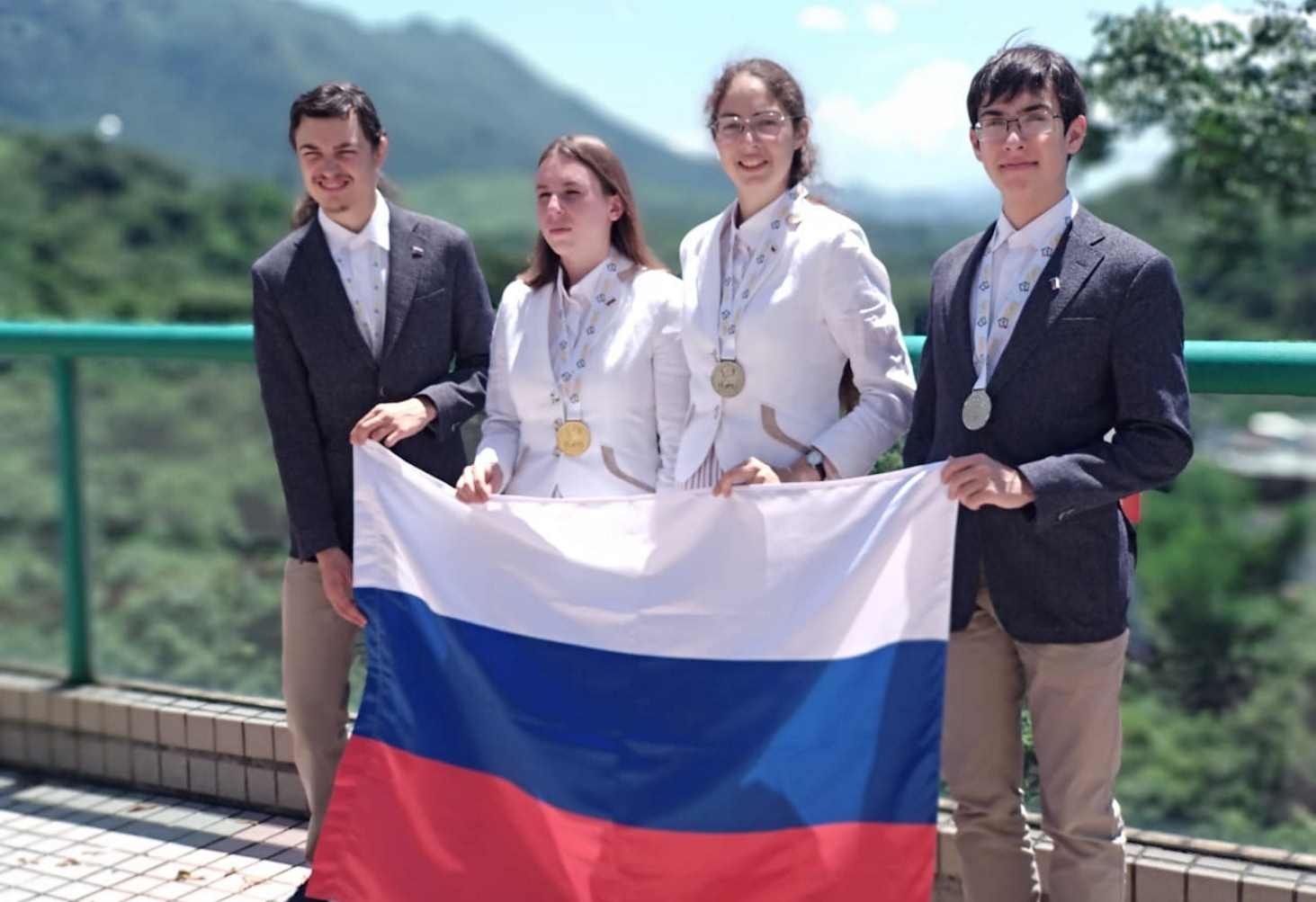 rossijskie-shkolniki-zavoevali-tri-medali-na-mezhdunarodnoj-geograficheskoj-olimpiade
