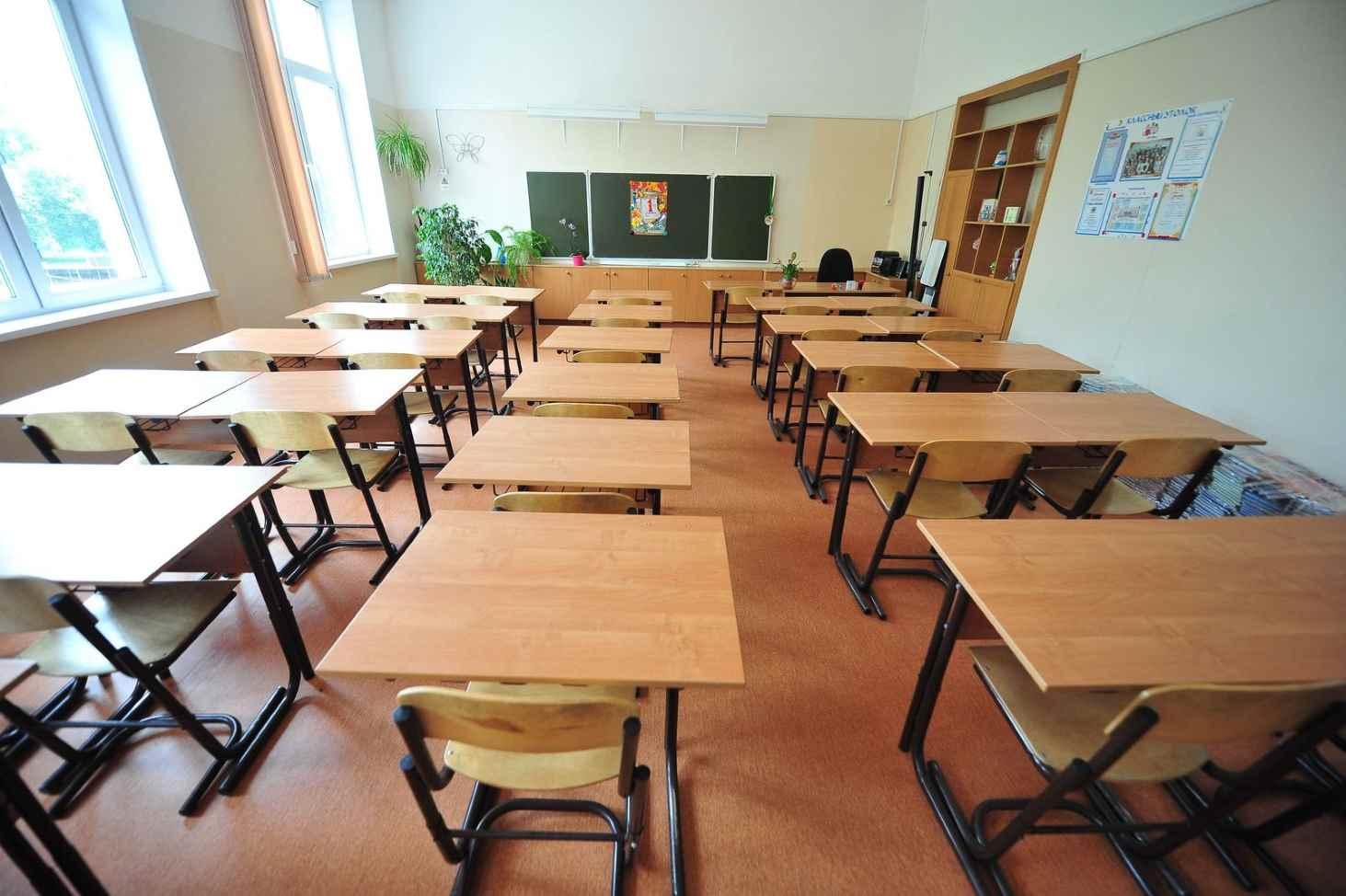 kak-pedagogi-otnosyatsya-k-pravilu-zvonok-dlya-uchitelya