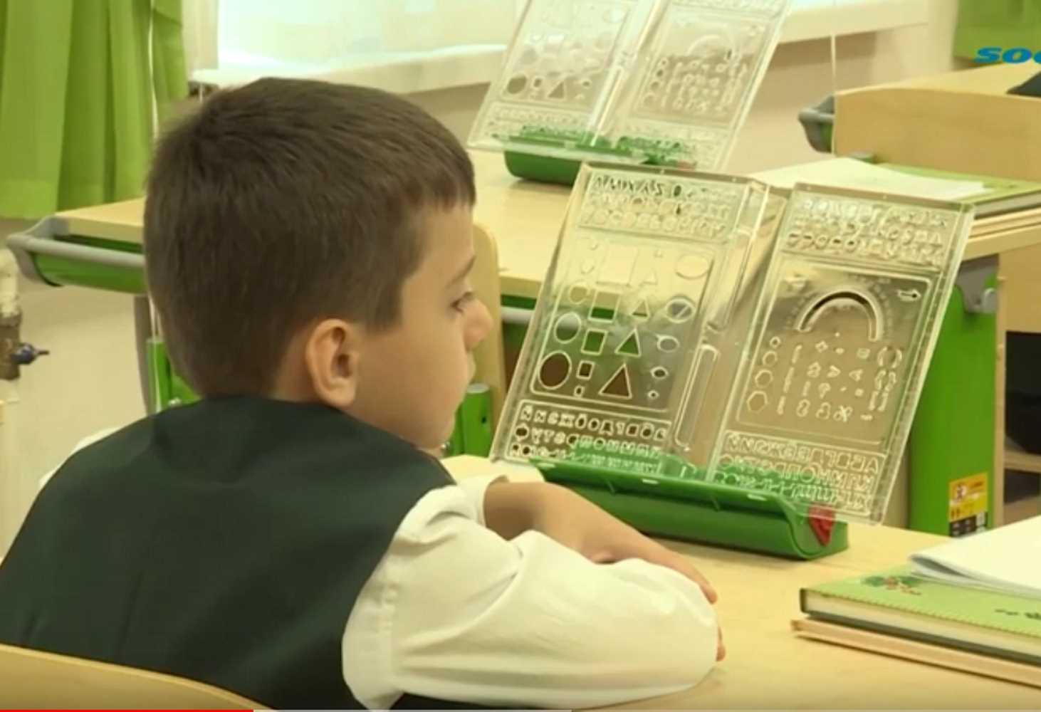razdelnoe-obuchenie-perevye-ruchki-v-sochi-otkryli-russkuyu-klassicheskuyu-shkolu