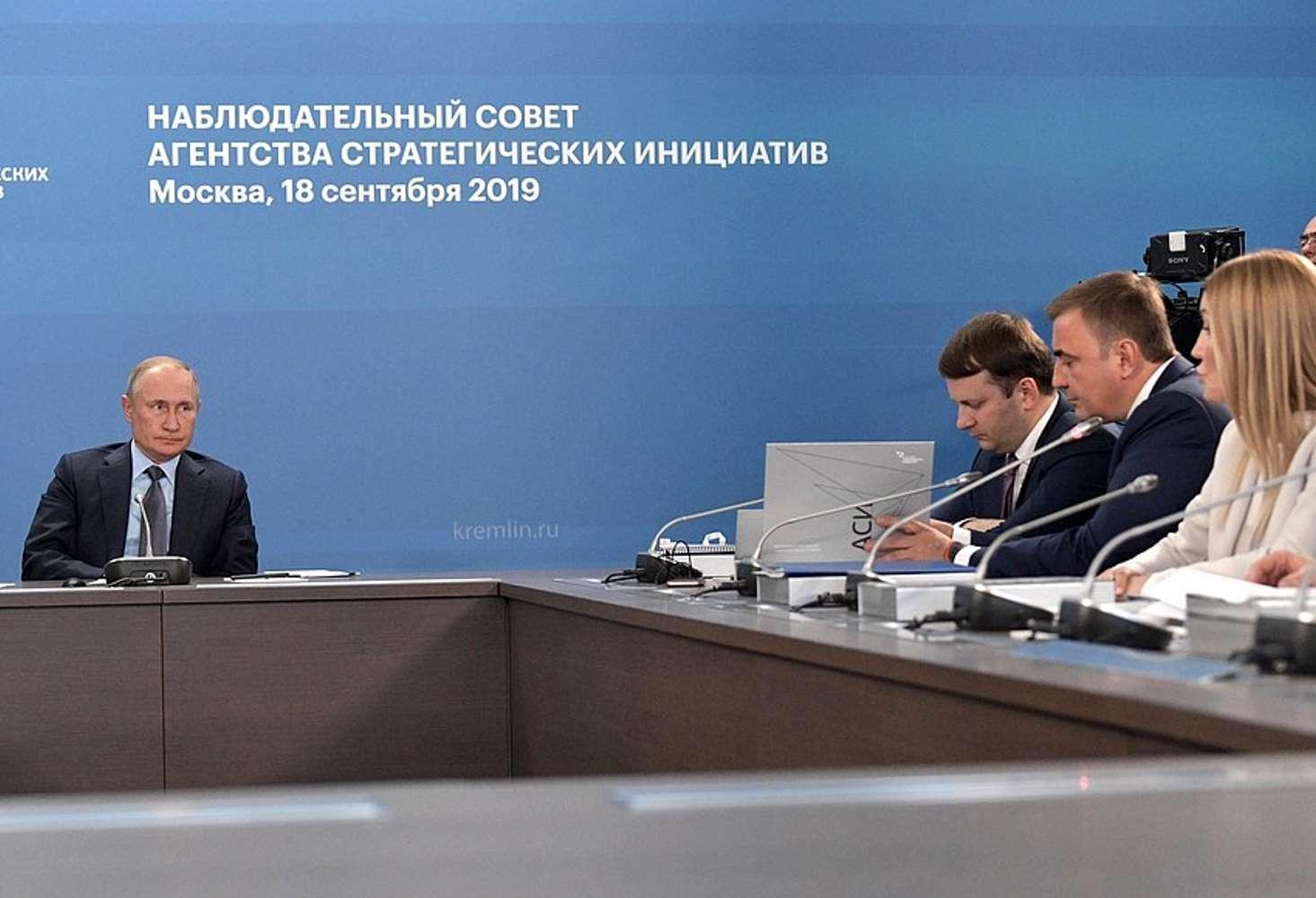 v-asi-predlozhili-ispolzovat-koridory-i-sportzaly-dlya-uvelicheniya-moshhnosti-shkol