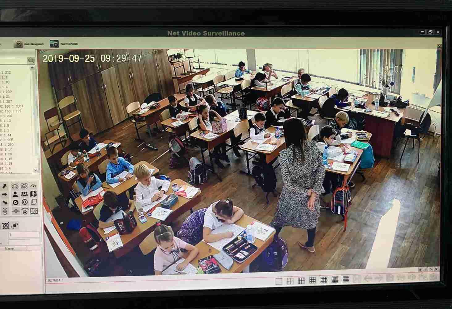 v-krasnoyarskih-shkolah-ustanovili-videonablyudenie-vo-vseh-pomeshheniyah
