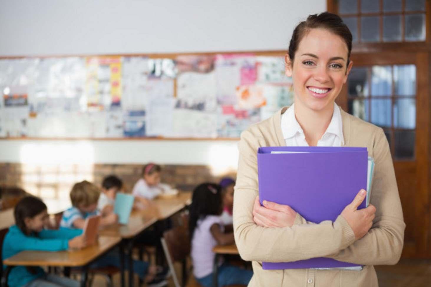 Исследование: в России стало меньше учителей на тысячу учеников