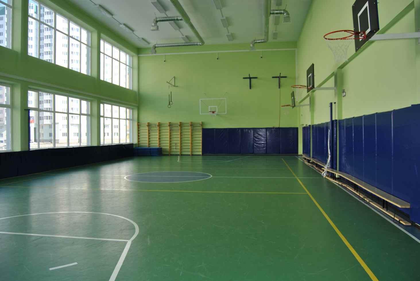 minprosveshheniya-vydelilo-1-5-milliarda-rublej-na-remont-sportzalov-v-shkolah