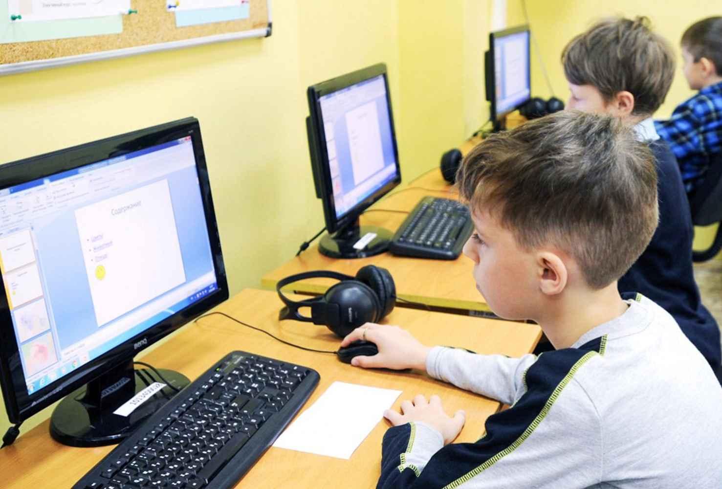 olga-vasileva-zayavila-o-nizkom-urovne-prepodavaniya-informatiki-v-shkolah