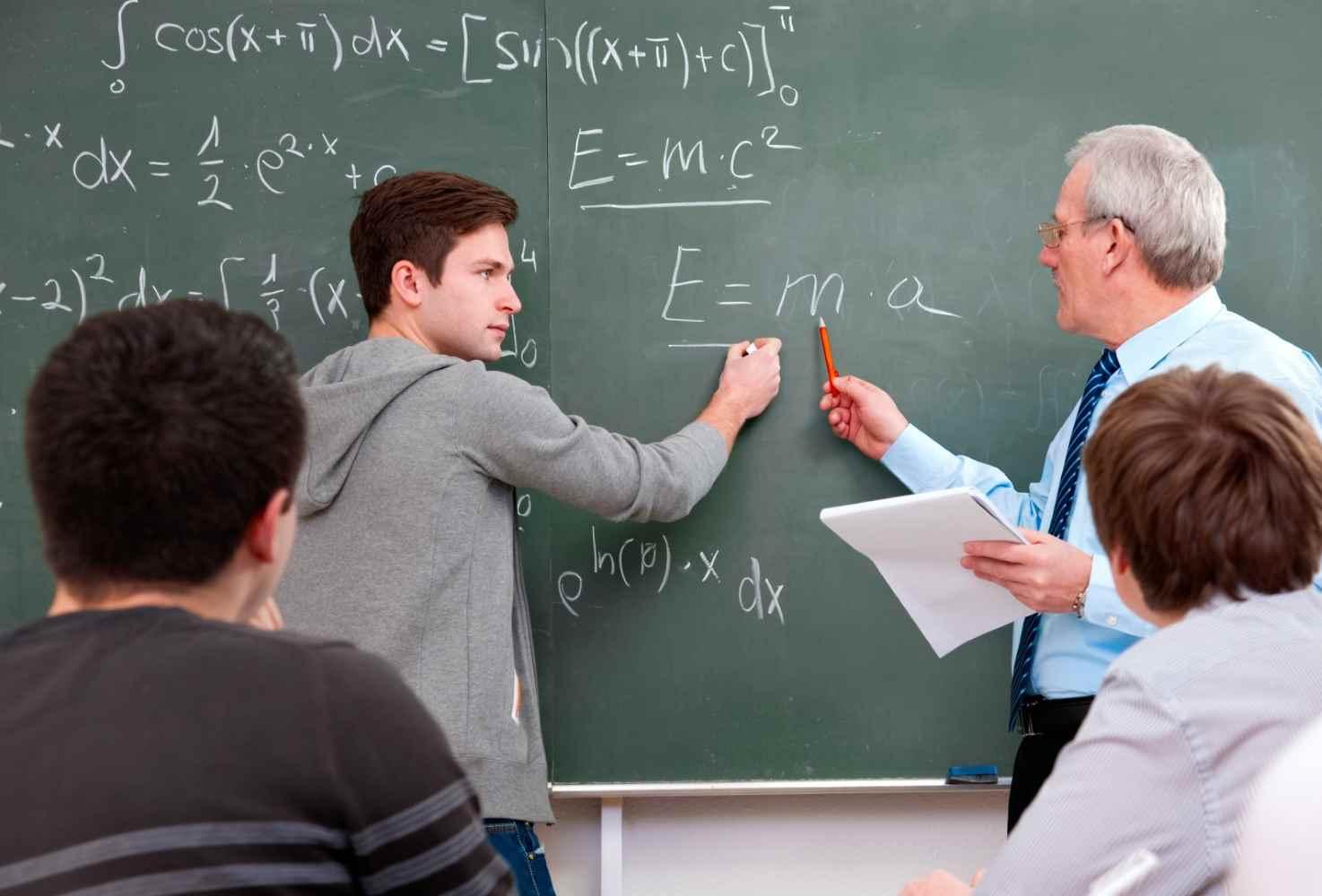 minprosveshheniya-izmenit-model-povysheniya-kvalifikatsii-pedagogov