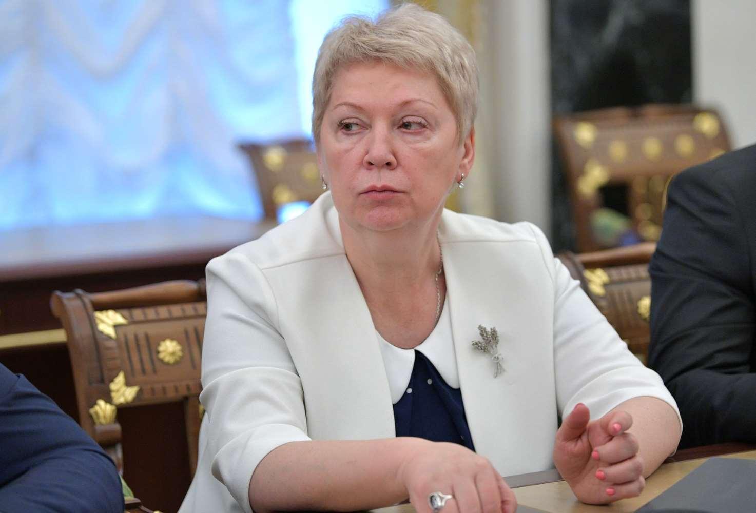 v-gosdume-raskritikovali-rabotu-ministra-prosveshheniya-olgi-vasilevoj