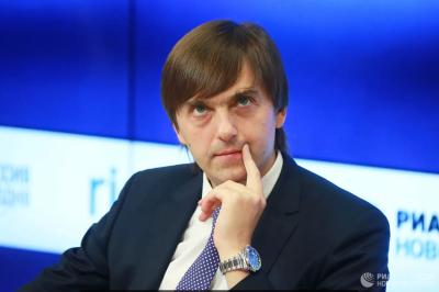 https://gazeta-pedagogov.ru/kravtsov-rasskaz…inprosveshheniya/ 