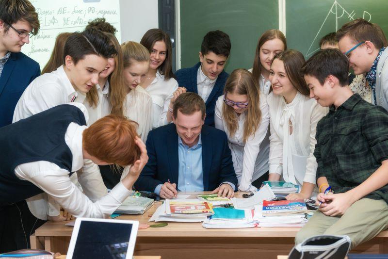 https://gazeta-pedagogov.ru/sergej-kravtsov-…hitel-budushhego/