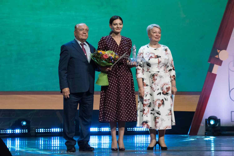 pobediteli-konkursov-pedagogicheskogo-masterstva-smogut-projti-attestatsiyu-v-uproshhennom-vide