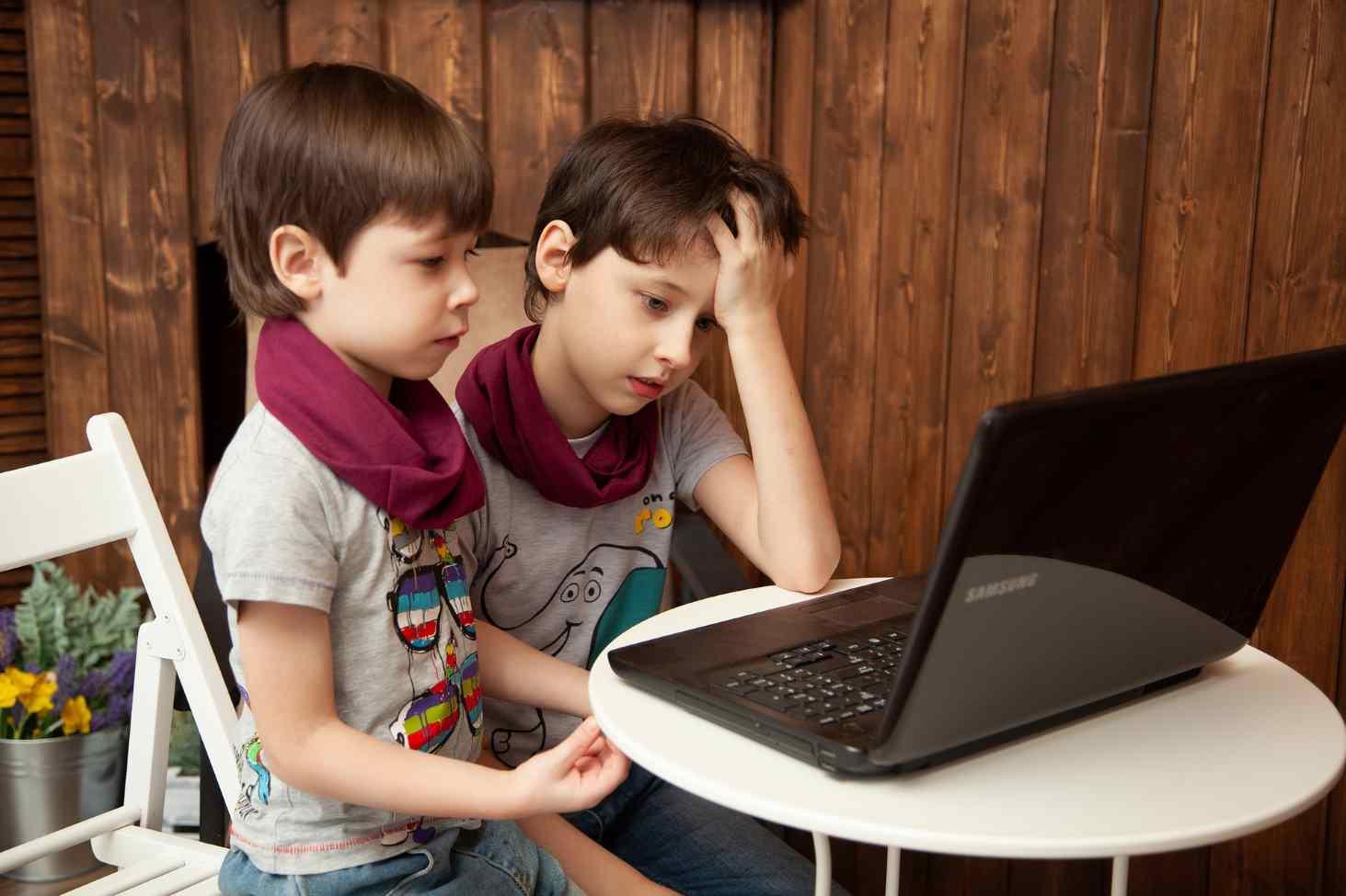kak-organizovat-distantsionnoe-obrazovanie-shkolnikov-i-studentov