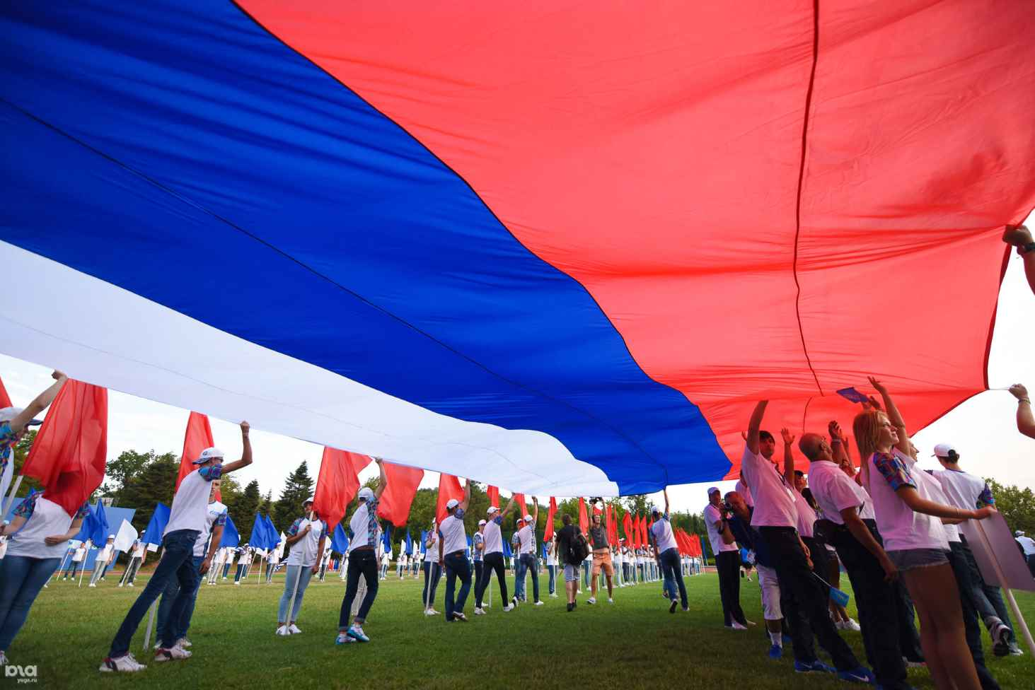 minsproveshheniya-trebuetsya-bolee-23-mlrd-rublej-na-novyj-proekt-po-patrioticheskomu-vospitaniyu