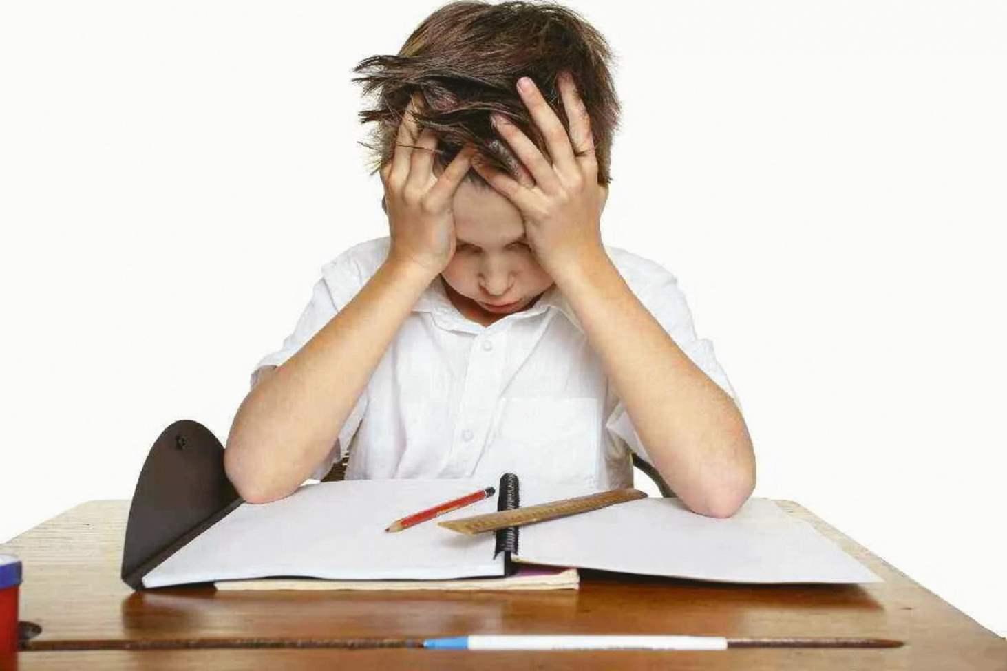 kak-pravilno-kritikovat-i-otsenivat-shkolnikov