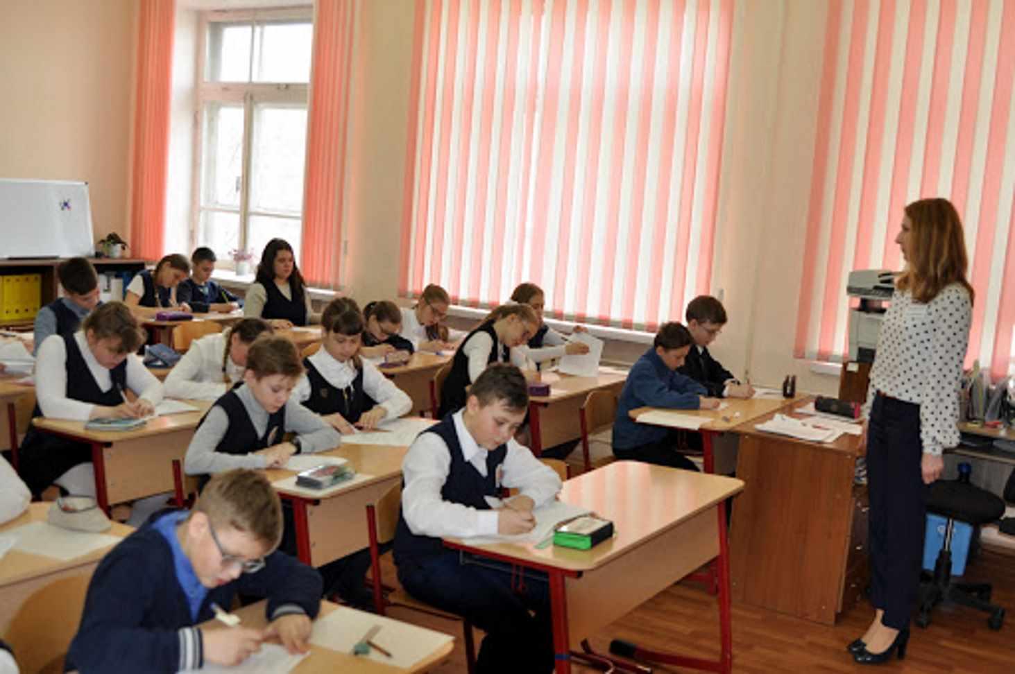 Кравцов: все школы вернутся к очному обучению с 18 января