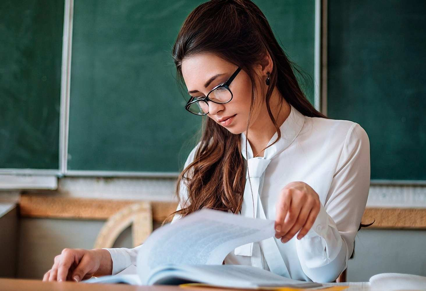 Минпросвещения сократило бумажную нагрузку на учителей
