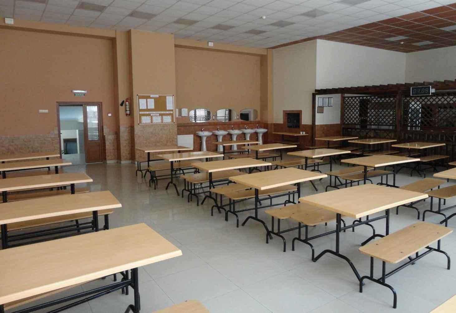 Более 80% российских учеников оказались довольны школьными столовыми