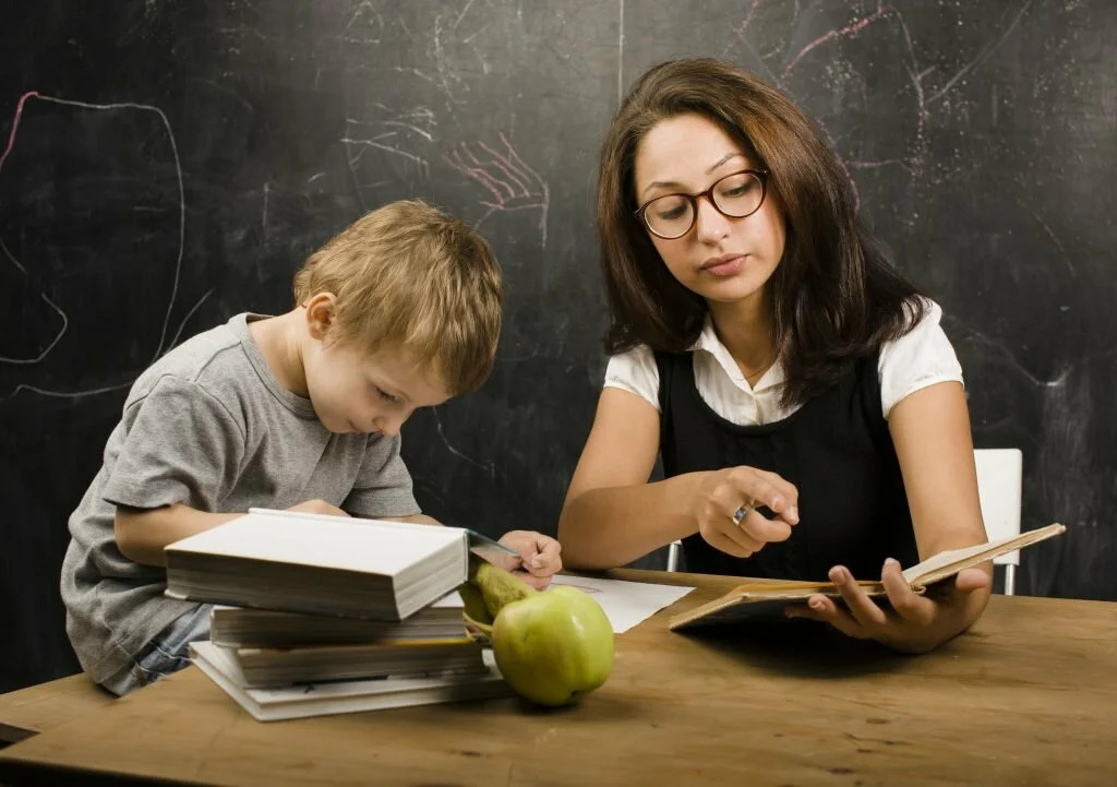 Опрос: родители в России в среднем тратят 7,5 тысяч на допобразование детей