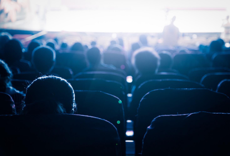 v-programmu-rossijskih-shkol-predlozhili-vnesti-izuchenie-otechestvennogo-kino