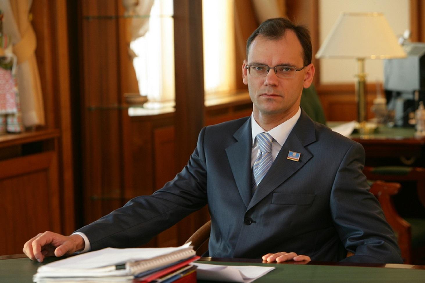 mishustin-osvobodil-ot-dolzhnosti-pervogo-zamestitelya-ministra-prosveshheniya-dmitriya-glushko