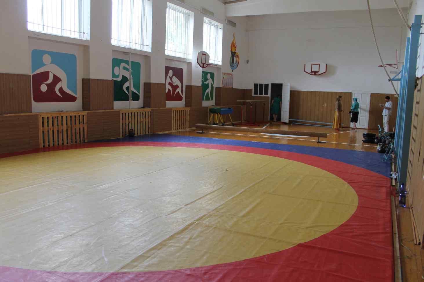 v-selskih-shkolah-rossii-moderniziruyut-sportzaly